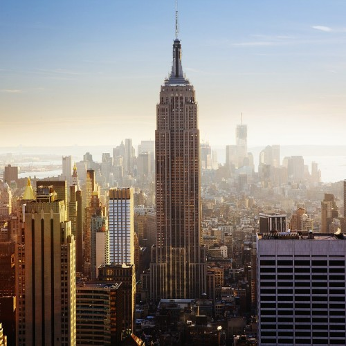 image of the empire state building in the US