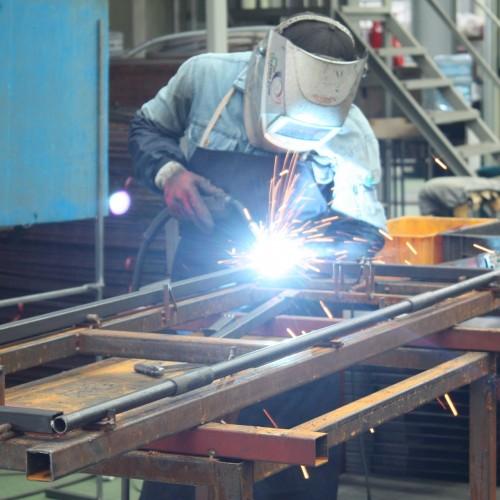 image of a welder doing mig or tig welding